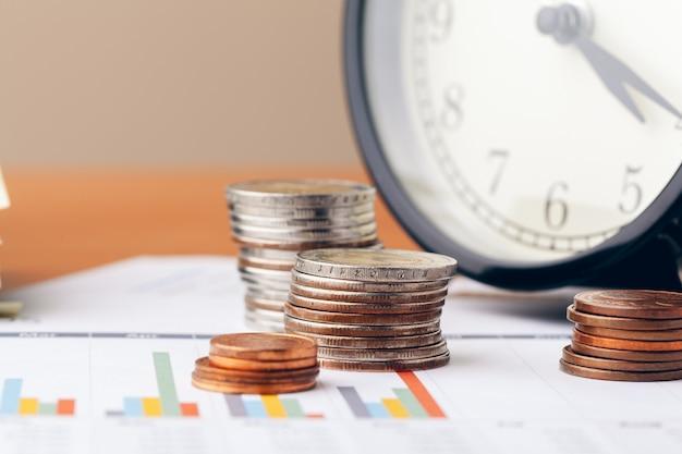 Contabilidad en oficina. finanzas empresariales y contabilidad