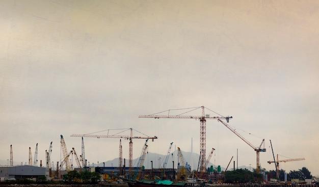Contaminación de ingeniero de construcción industrial
