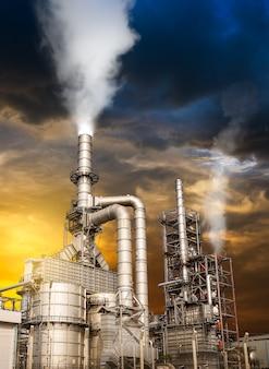Contaminación por refinería de petróleo