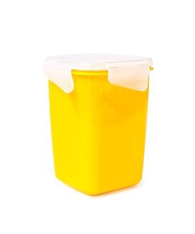 Contenedor de comida plástico aislado