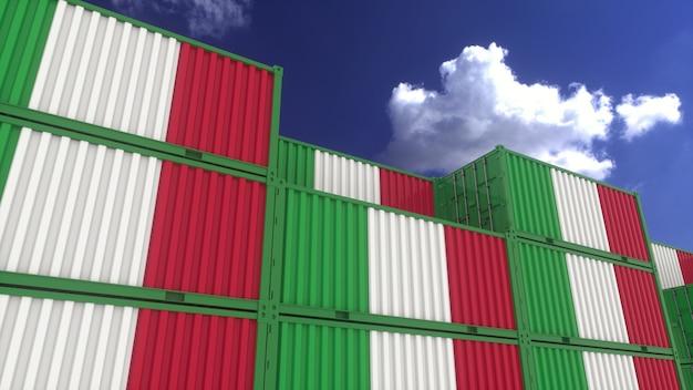 Los contenedores de bandera de italia se encuentran en la terminal de contenedores. concepto de exportación o importación de italia, render 3d.