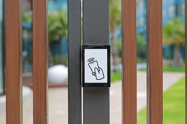 Control de acceso de la puerta