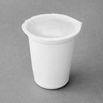 Copa sellada de deliciosa lechería