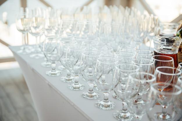 Copas de champagne en el banquete