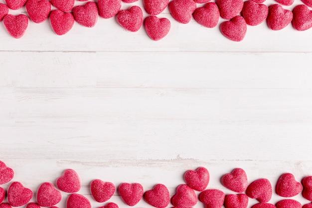 Copia espacio con lindos corazones