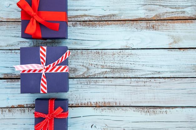Copia espacio regalos tema marinos.