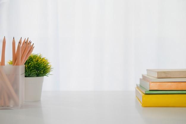 Copie el espacio del escritorio de trabajo y estacionario.