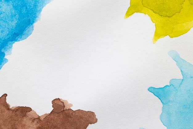 Copie el espacio con manchas pintadas a mano