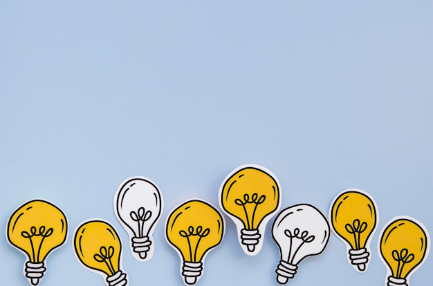 Copie el fondo del espacio del concepto de metáfora de bombilla de idea