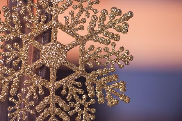 Copo de nieve dorado de navidad