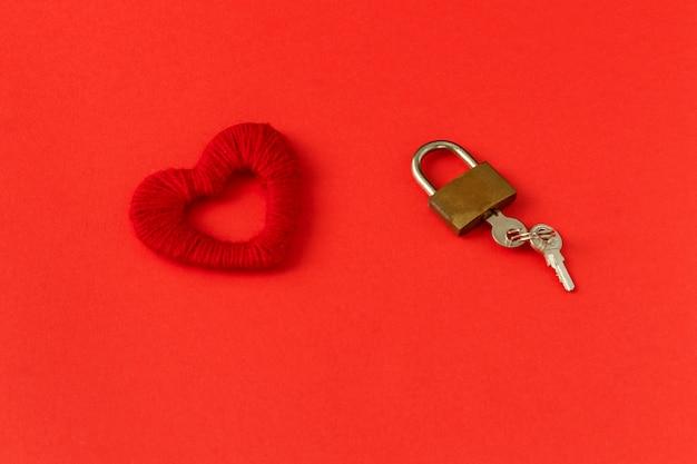 Corazón, cerradura y llaves