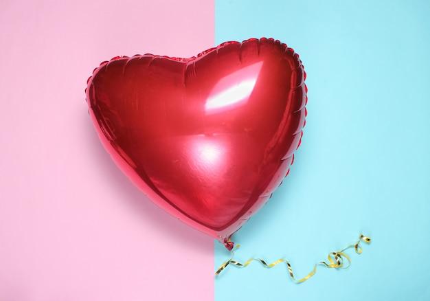 Corazón globo rojo en colores pastel. día de san valentín