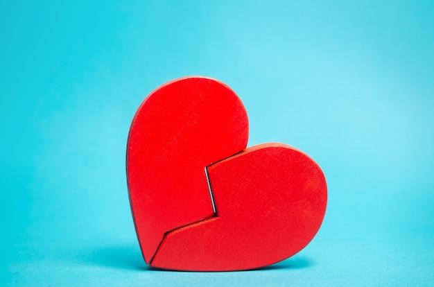 Corazón roto rojo
