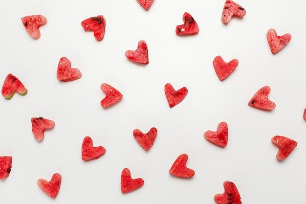 Corazón de sandía aislado