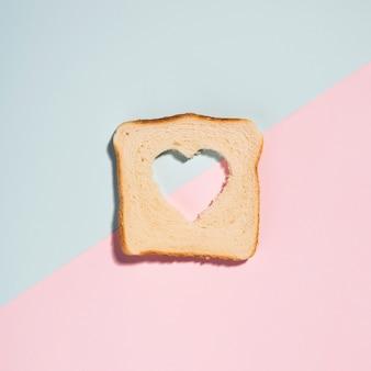 Corazón en tostada
