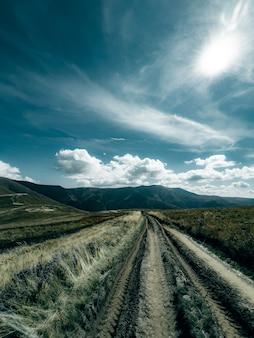 Cordillera borzhavsky cárpatos ucrania paisaje de montaña