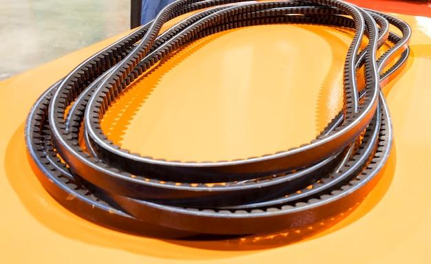 Correa de distribución para motor de automóvil; fondo de equipo de fabricación industrial