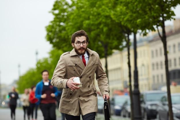 Corriendo al trabajo