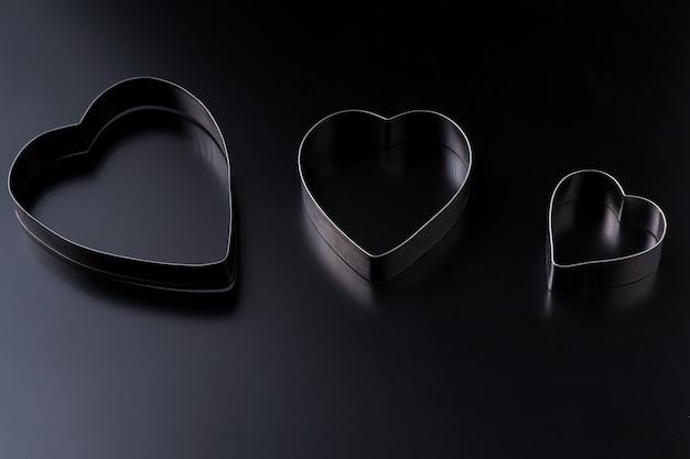 Cortador de masa en forma de corazón. día de san valentín