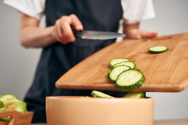 Cortar verduras cocinar alimentos alimentos saludables