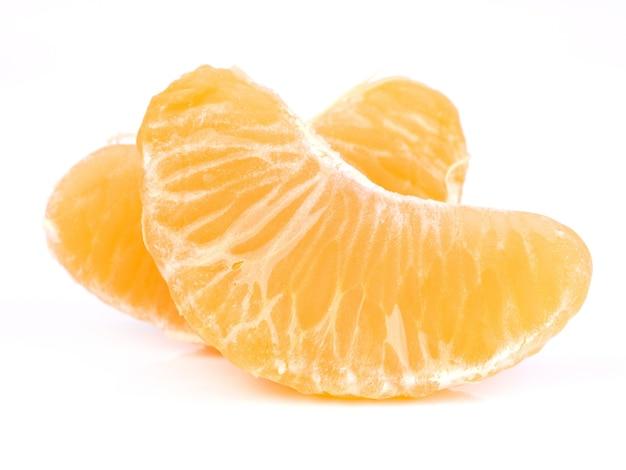Cortes de mandarina fresca