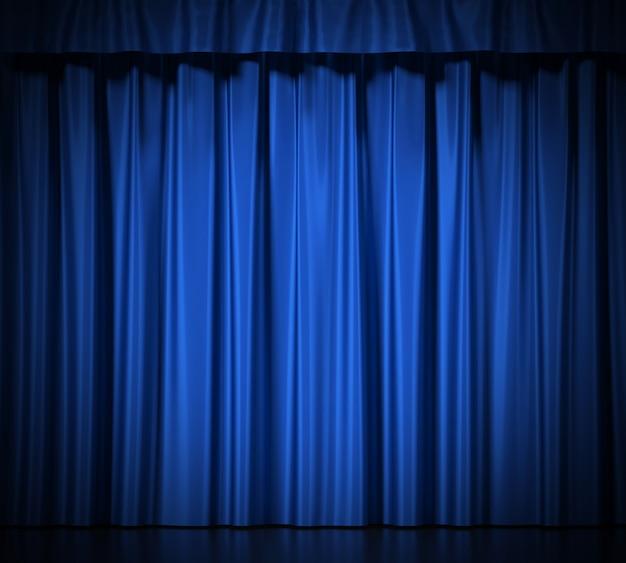 Cortinas de seda azul con liga aislado en blanco.