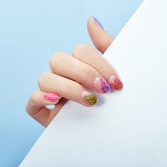 Cosmética para manos, coloración y cuidado de uñas, manicura profesional y producto para el cuidado