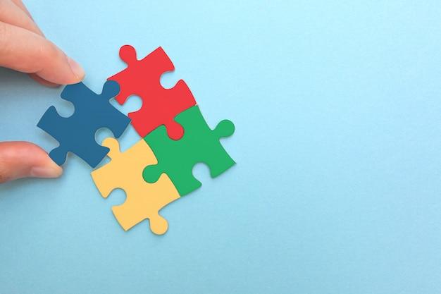 Creación o construcción de un concepto de negocio propio.