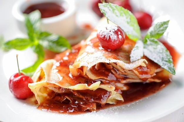 Crepes italianos con mermelada de fresa