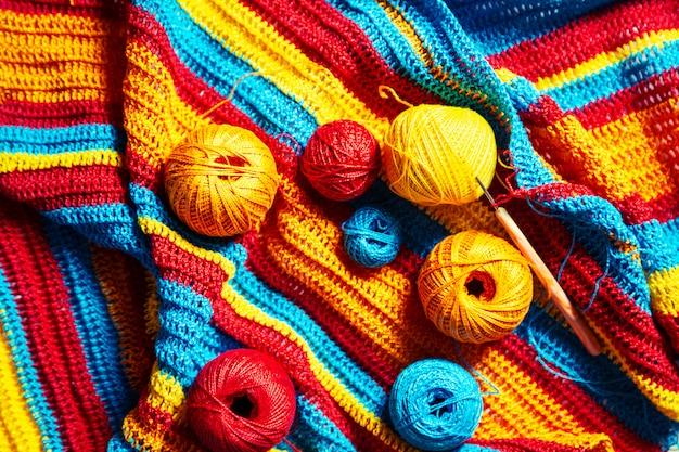 Crochet a rayas multicolores