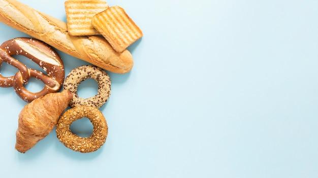 Croissand y pretzel