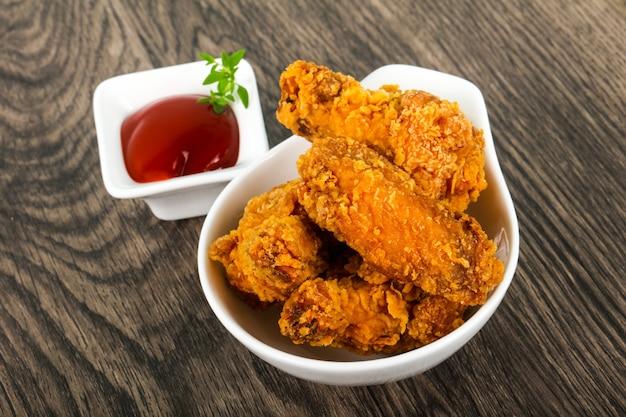 Crujientes alitas de pollo