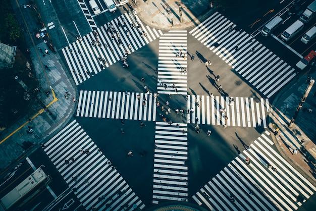 Cruz de ginza en tokio. vista desde arriba