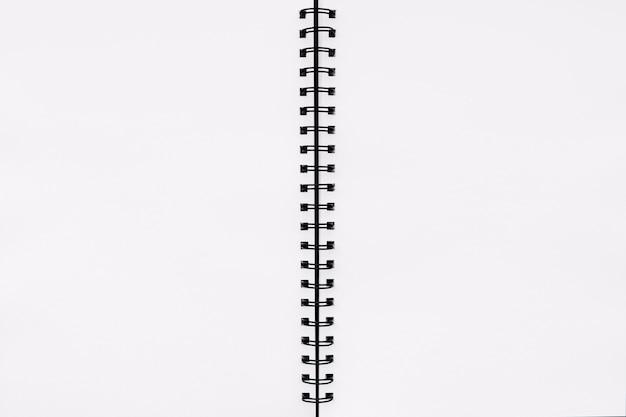 Cuaderno abierto vacío