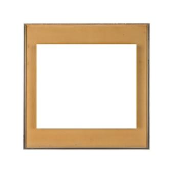 Cuadrado blanco contra un marco marrón aislado sobre un fondo blanco.