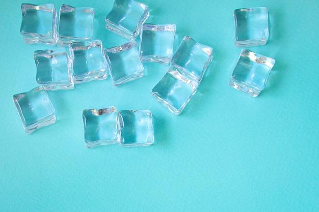 Cubitos de hielo piezas acrílicas artificiales