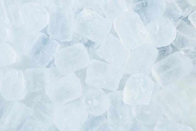 Cubos de hielo de primer plano