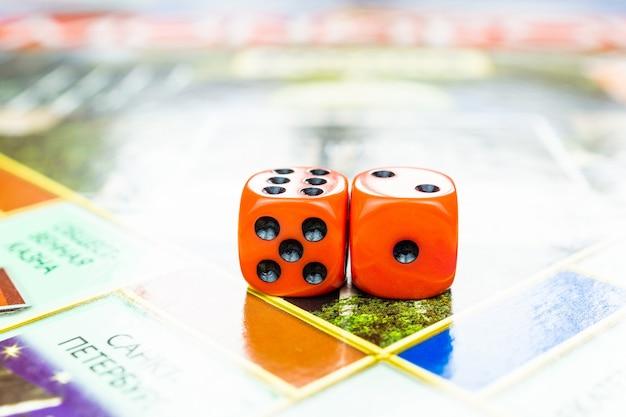 Cubos en el juego de mesa