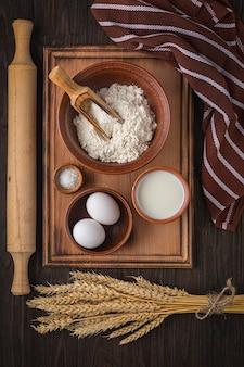 Cubra el libro de cocina. fotografía conceptual de una receta para hornear pan. panadería y repostería.
