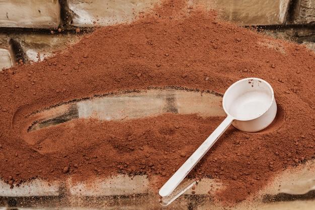 Cuchara con proteína en polvo