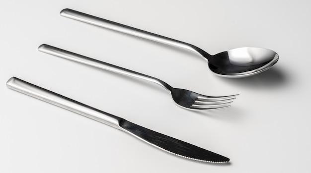 Cuchara, tenedor y cuchillo