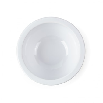 Cuenco de cerámica blanco aislado sobre fondo blanco