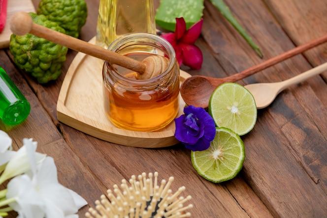 Cuidado del cabello con bergamota y miel