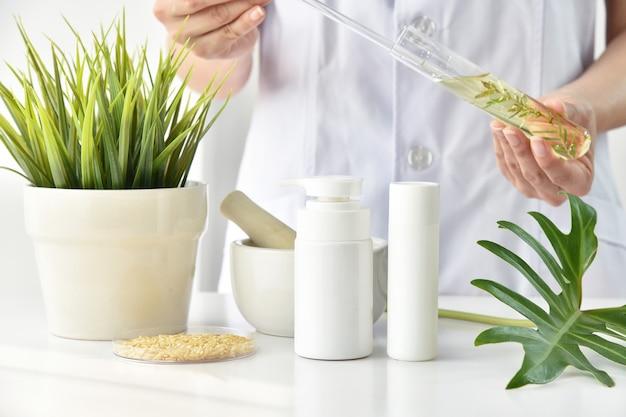 Cuidado de la piel de extracción natural de plantas.
