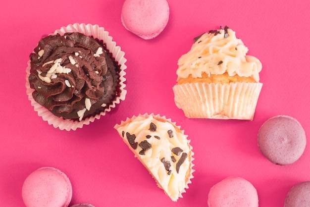 Cupcakes y macarons
