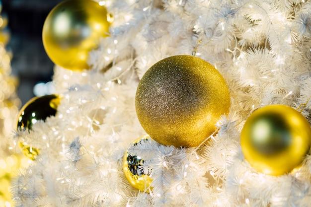 Decoración de bolas de navidad