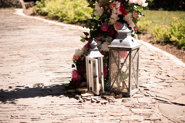 Decoración de la ceremonia de boda, hermosa decoración de la boda, flores