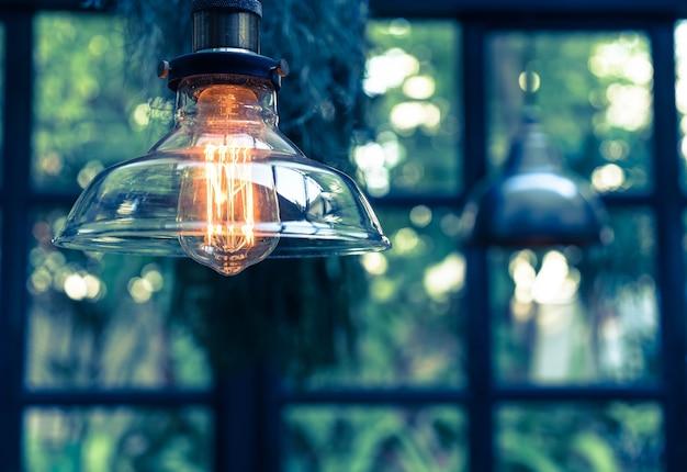 Decoración hermosa de la lámpara ligera que brilla intensamente
