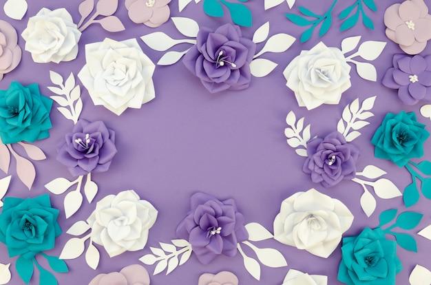 Decoración con marco floral circular