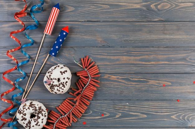 Decoración y pasteles para el día de la independencia.